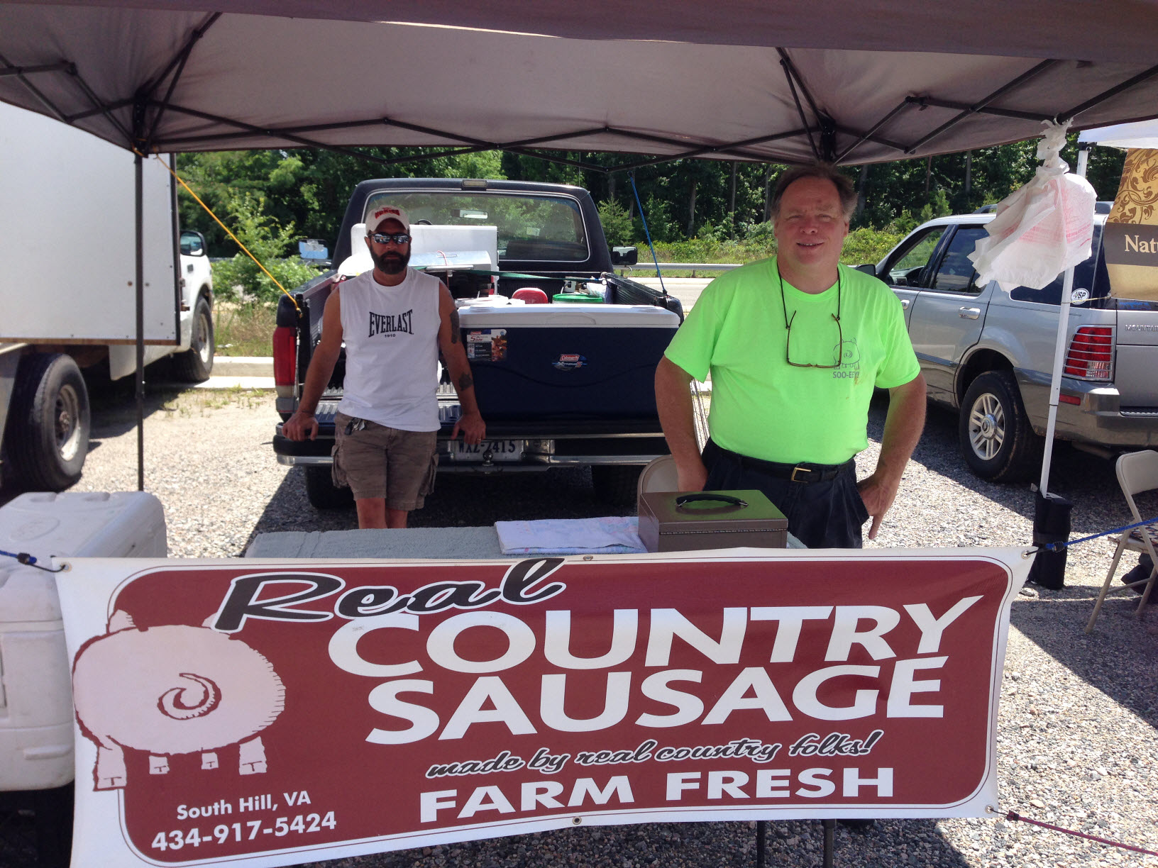 Get a true taste of summer at the midlothian mines farmers for Urban farmhouse creations