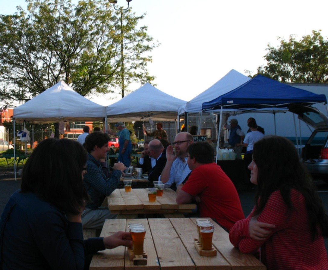 Hardywood Farmers Market tables